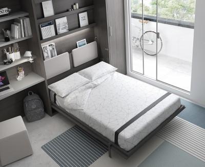 Chambre adulte avec lit escamotable, armoire et bureau avec étagères